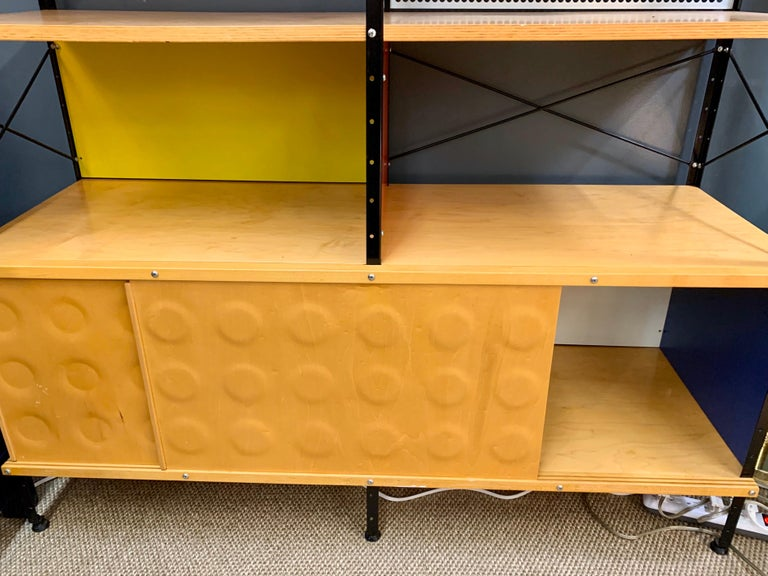 20th Century Charles and Ray Eames ESU Storage Unit Shelving Library Étagère Room Divider For Sale