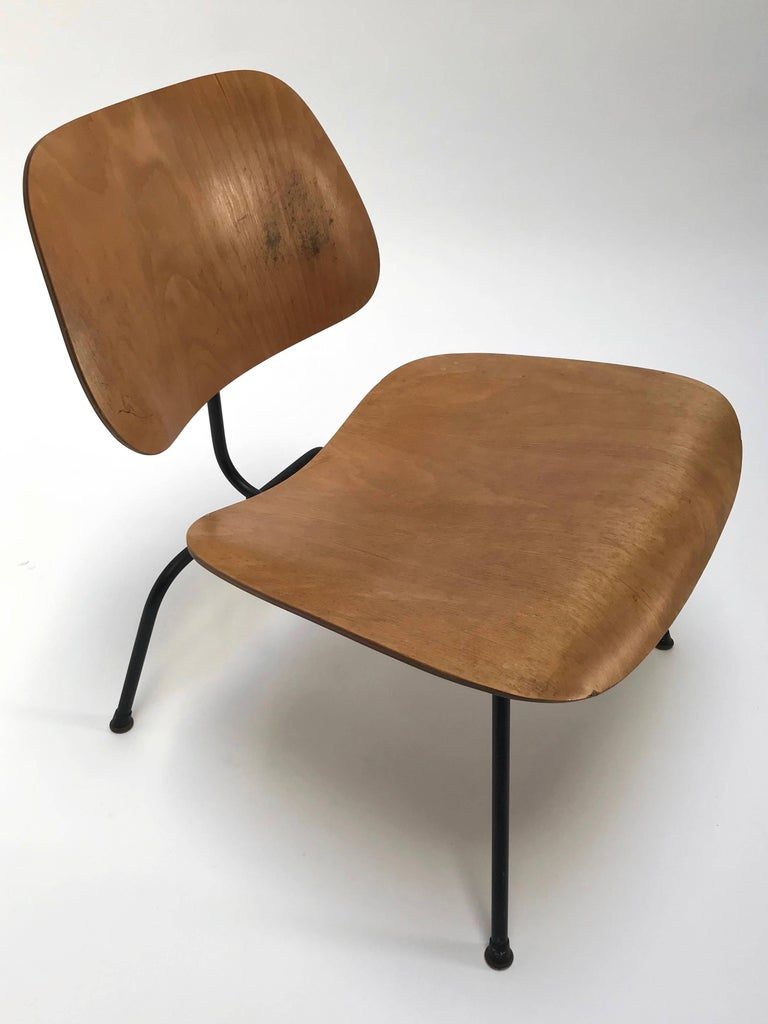 Charles And Ray Eames For Herman Miller 1950s Lcm Chair At