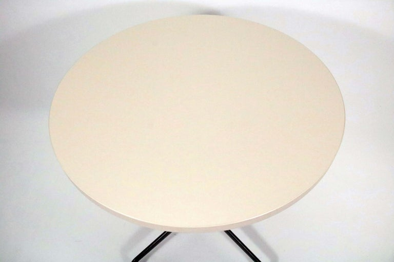 Mid-Century Modern Charles and Ray Eames for Herman Miller Aluminum Group Bistro Table For Sale