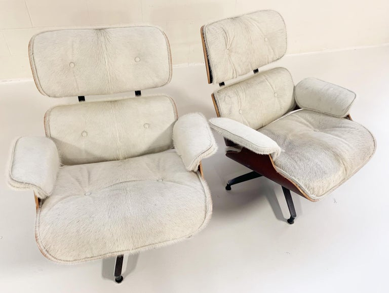 Charles and Ray Eames for Herman Miller Chairs and Ottomans Restored in Cowhide For Sale 4