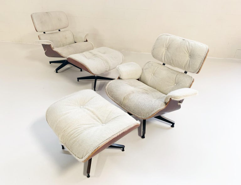 Charles and Ray Eames for Herman Miller Chairs and Ottomans Restored in Cowhide For Sale 6