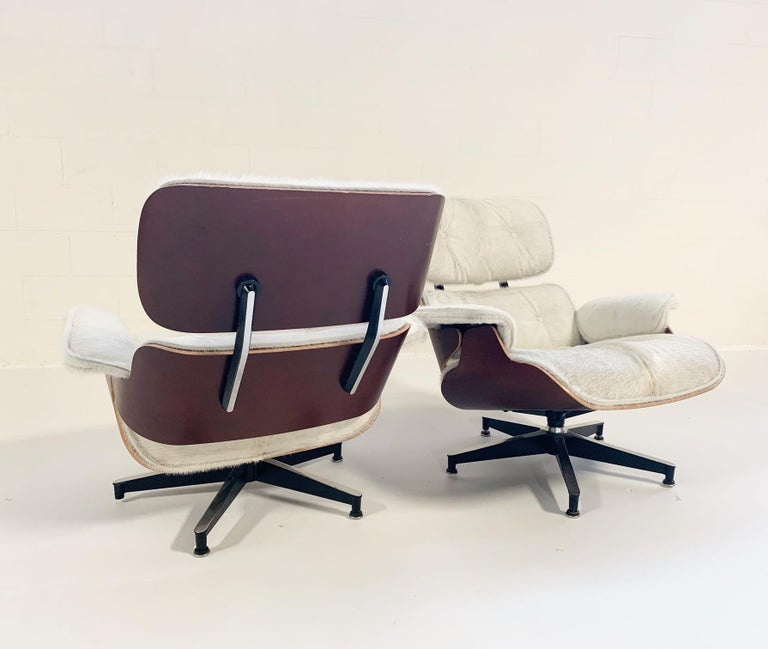Charles and Ray Eames for Herman Miller Chairs and Ottomans Restored in Cowhide For Sale 3