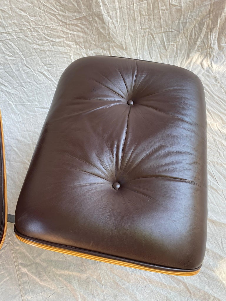 Aluminum Charles and Ray Eames for Herman Miller Cherry 670 Lounge Chair and Ottoman For Sale