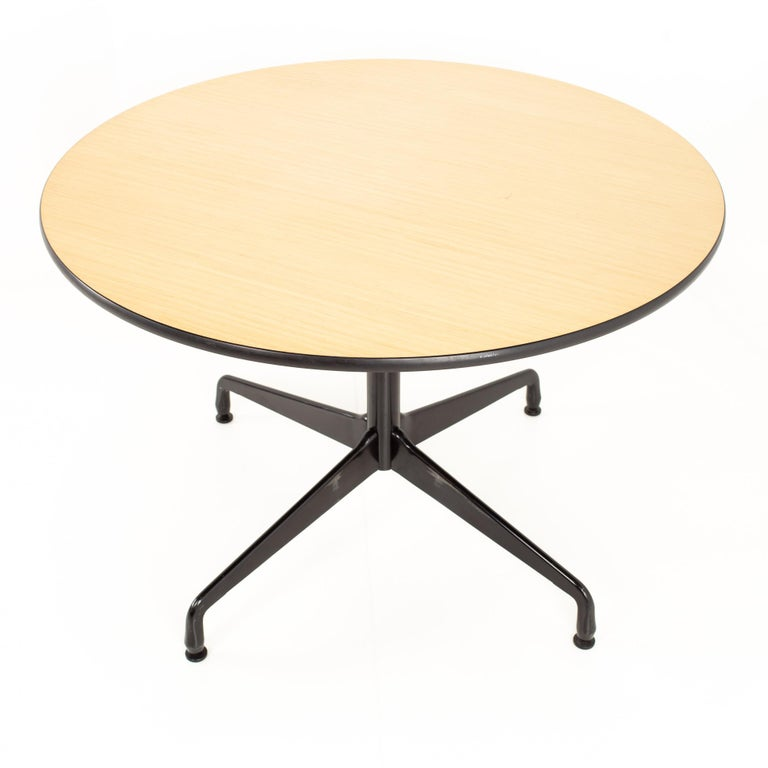 Late 20th Century Charles and Ray Eames for Herman Miller Aluminum Group Wood & Black Dining Table For Sale
