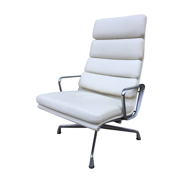 Charles and Ray Eames for Herman Miller Soft Pad Lounge Chair in Ivory Leather For Sale