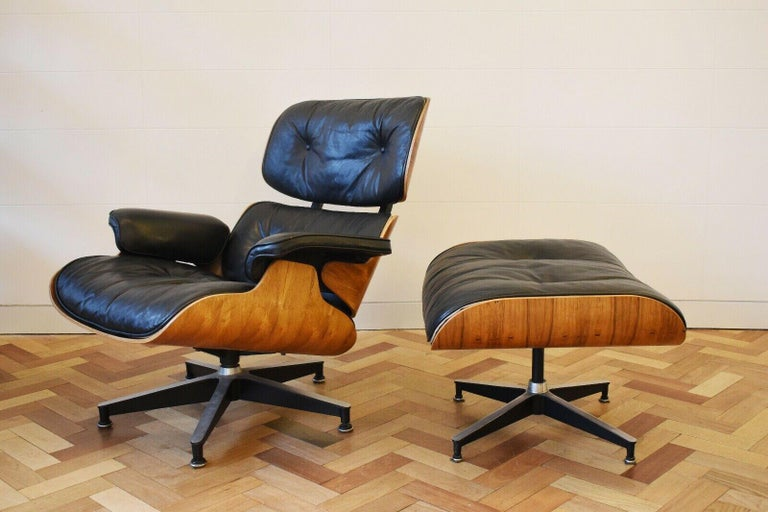 Mid-Century Modern Charles and Ray Eames Lounge Chair Herman Miller Rosewood, 1970s For Sale