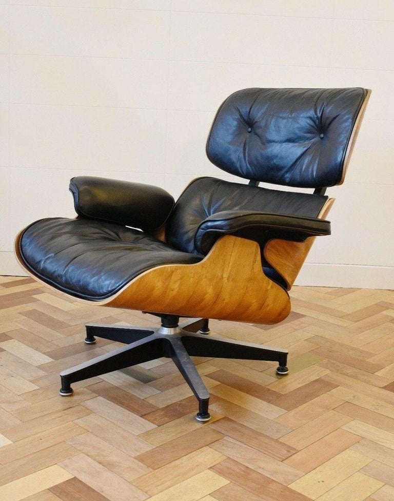 European Charles and Ray Eames Lounge Chair Herman Miller Rosewood, 1970s For Sale