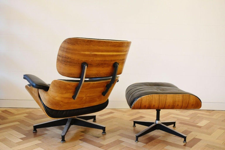 Charles and Ray Eames Lounge Chair Herman Miller Rosewood, 1970s In Good Condition For Sale In London, GB