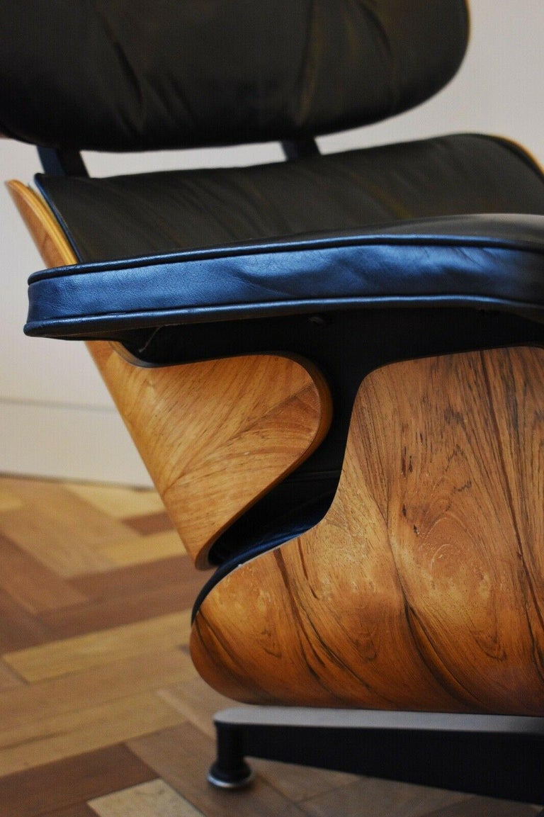 20th Century Charles and Ray Eames Lounge Chair Herman Miller Rosewood, 1970s For Sale