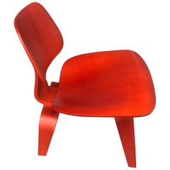 Charles and Ray Eames Molded Plywood Lounge Chair Wood, LCW, Red Stained Birch