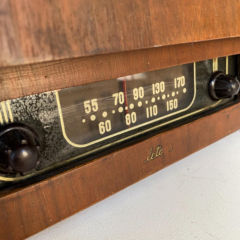 Charles and Ray Eames Molded Plywood Radio For Sale 3