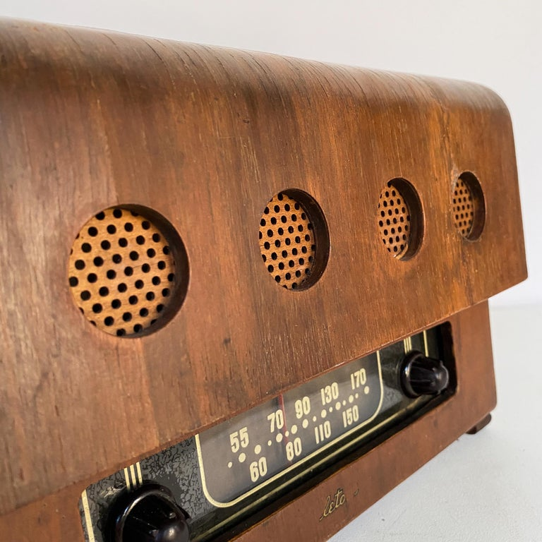 Charles and Ray Eames Molded Plywood Radio For Sale 2