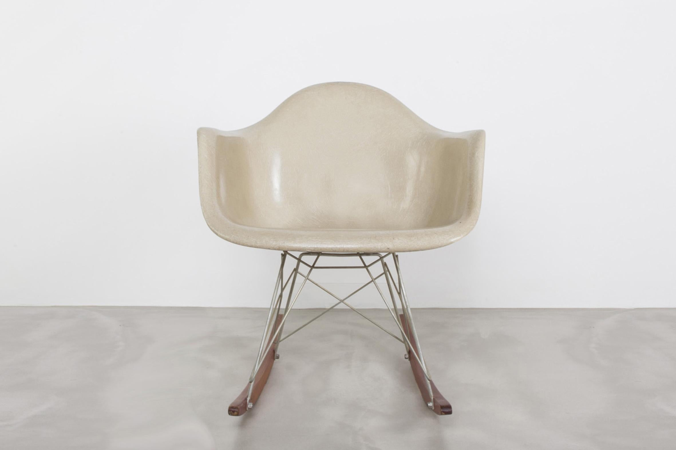 Eames Rocking Chair : Charles and ray eames rar rocking chair s for sale at stdibs