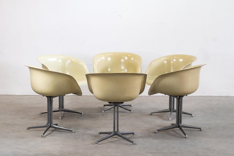 Post-Modern Charles and Ray Eames Set of Six Armchairs La Fonda Herman Miller, 1960 For Sale