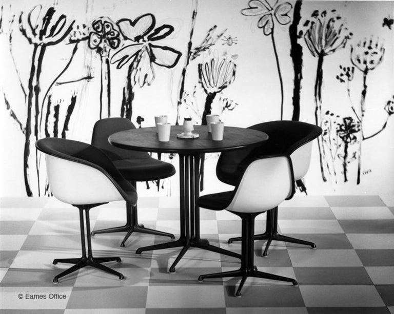 Post-Modern Charles and Ray Eames Set of Six Armhairs La Fonda Herman Miller, 1960 For Sale