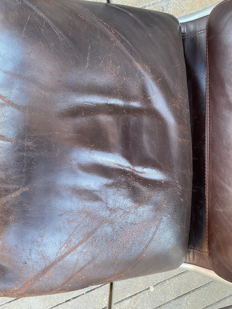 Charles and Ray Eames Soft Pad Lounge Chair in Brown Leather In Good Condition In Philadelphia, PA