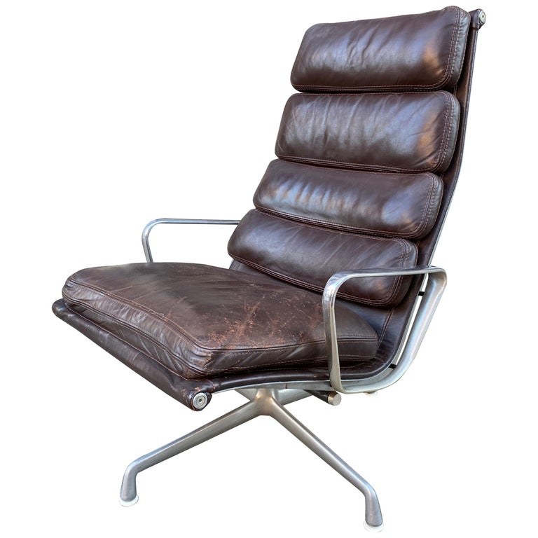 Charles and Ray Eames Soft Pad Lounge Chair in Brown Leather