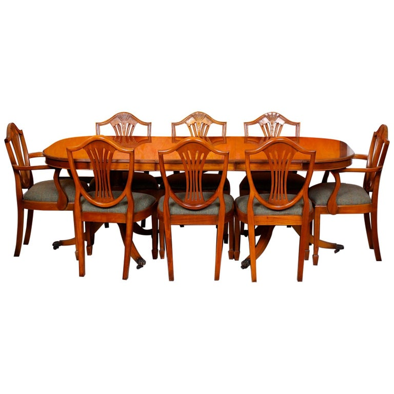 Charles Barr Yew Dining Table And 8 Chairs Hepplewhite Stalker At 1stdibs