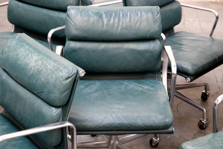 Charles Eames for Herman Miller Green Leather Soft Pad Management Chair, Signed For Sale 11
