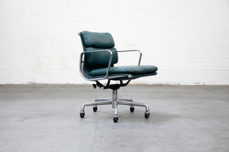 Mid-Century Modern Charles Eames for Herman Miller Green Leather Soft Pad Management Chair, Signed For Sale