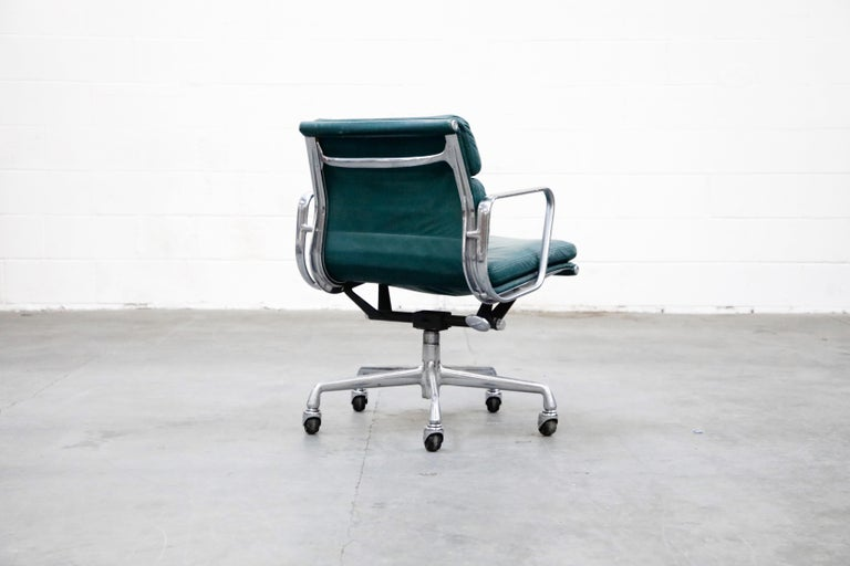 Charles Eames for Herman Miller Green Leather Soft Pad Management Chair, Signed In Good Condition For Sale In Los Angeles, CA