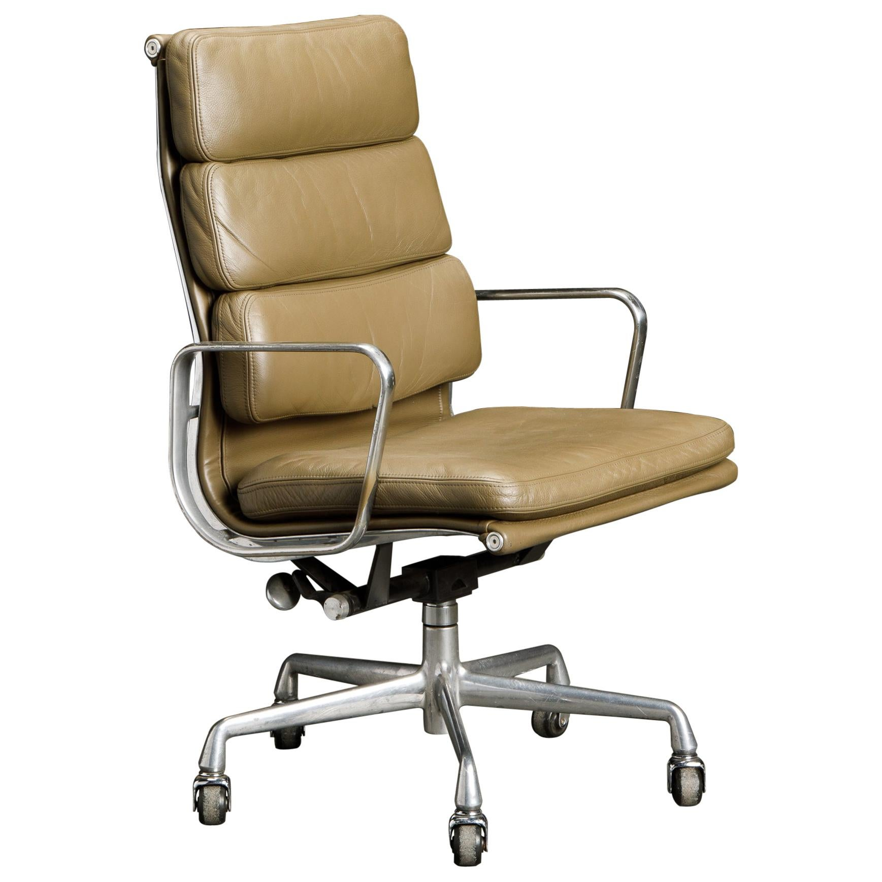 Charles Eames for Herman Miller Leather 'Soft Pad' Executive Desk Chair, Signed