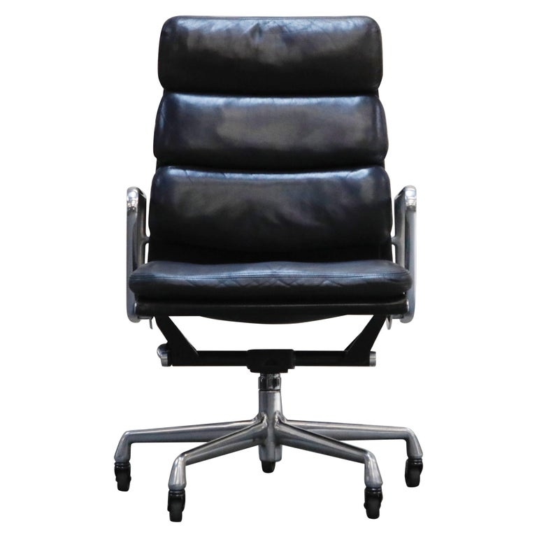 Charles Eames for Herman Miller Soft-Pad Executive Desk Chairs, Signed For Sale