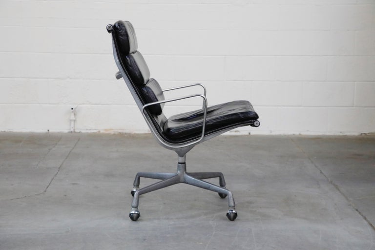 Charles Eames for Herman Miller Soft Pad Swivel Lounge Chairs, 1970s, Signed In Good Condition For Sale In Los Angeles, CA
