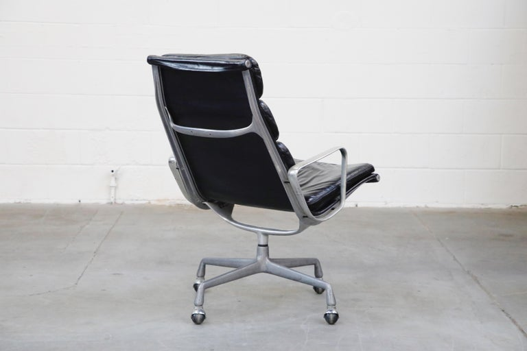 Aluminum Charles Eames for Herman Miller Soft Pad Swivel Lounge Chairs, 1970s, Signed For Sale