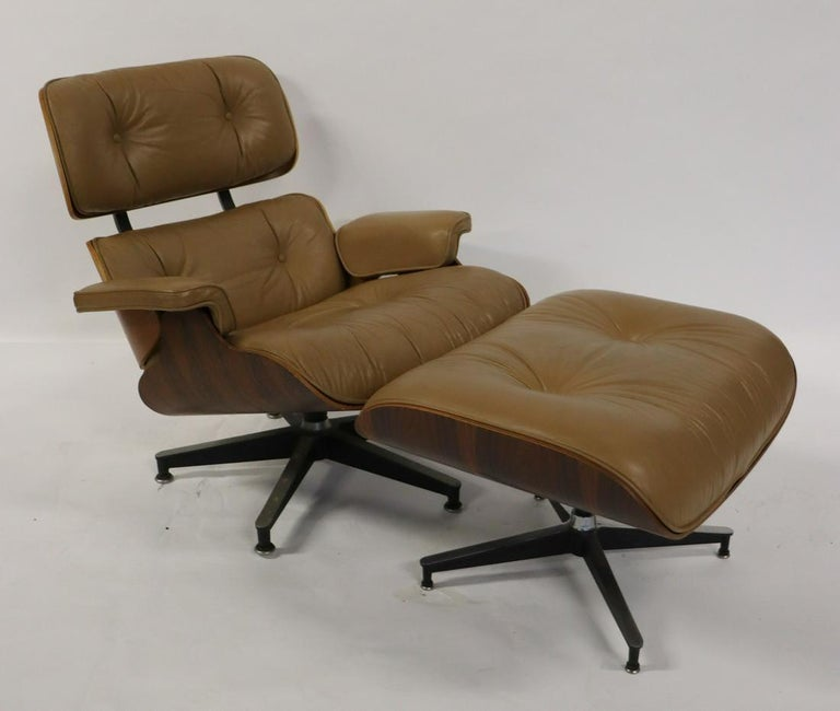 Charles Eames, Herman Miller Midcentury Chair and Ottoman In Good Condition In Stamford, CT