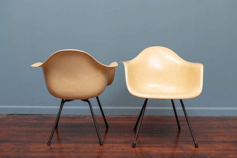 Charles Eames LAX Armshell Lounge Chairs In Good Condition For Sale In San Francisco, CA