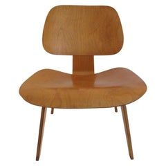 Charles Eames LCW Early Production