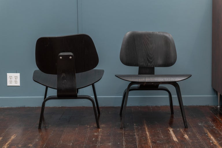 Charles Eames LCW Lounge Chairs For Sale 1