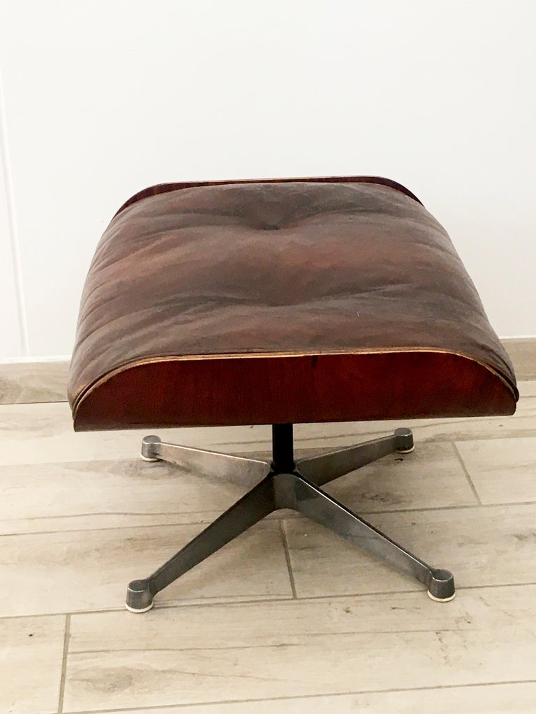 Mid-Century Modern Charles Eames for Herman Miller Style Leather Ottoman For Sale