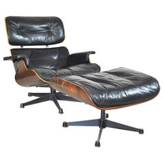 Charles Eames Lounge Chair and Ottomana for Herman Miller