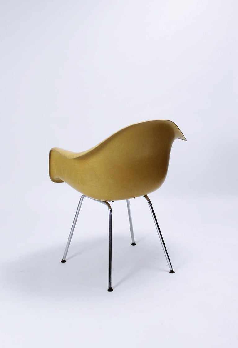 Charles Eames Molded  Fiberglass Dax Armchairs on H-Base 1