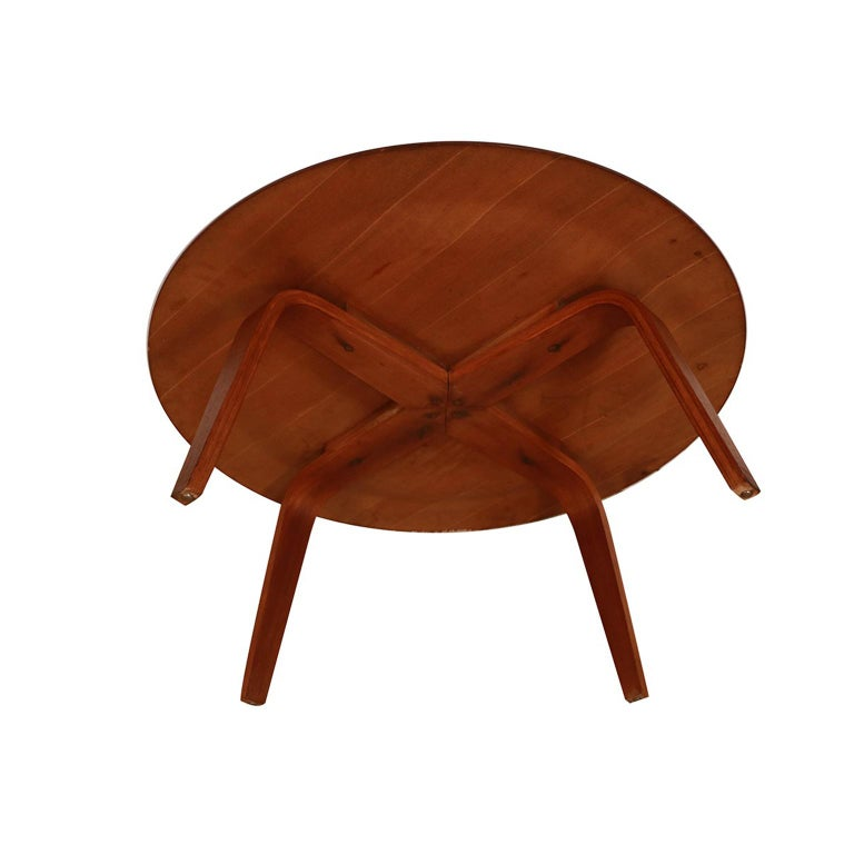 Charles Eames Molded Plywood CTW Coffee Table for Herman Miller For Sale 1