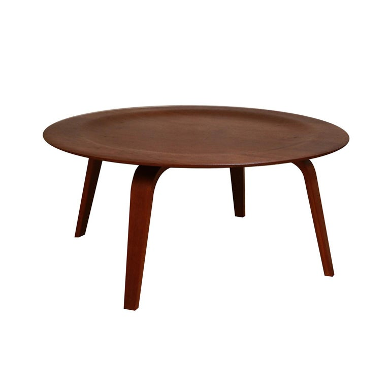 Charles Eames Molded Plywood CTW Coffee Table for Herman Miller For Sale 2