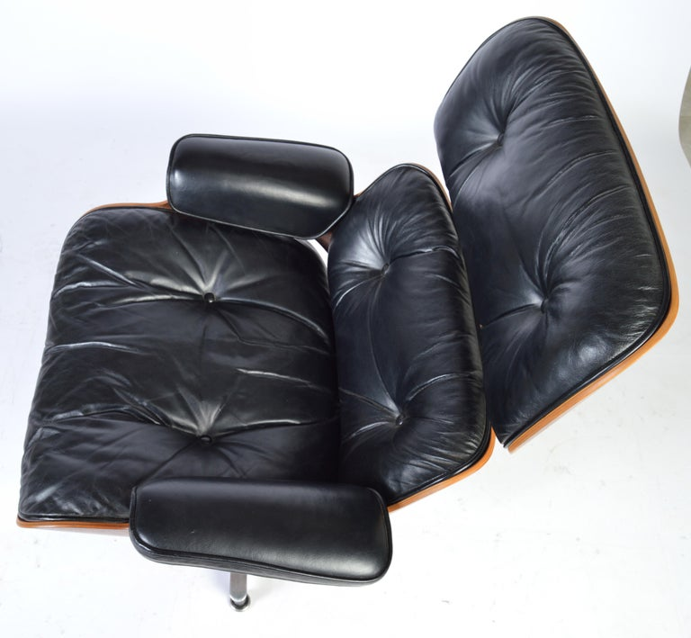 Amazing Charles Eames Rosewood 670 Lounge Chair For Herman Miller 1970S Home Interior And Landscaping Mentranervesignezvosmurscom