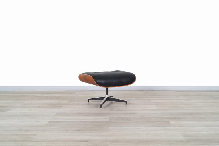 Charles Eames Rosewood Lounge Chair and Ottoman by Herman Miller 6