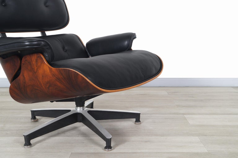 Aluminum Charles Eames Rosewood Lounge Chair and Ottoman by Herman Miller