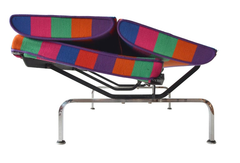 Charles Eames Sofa Compact In Good Condition For Sale In Brooklyn/Toronto, Ontario