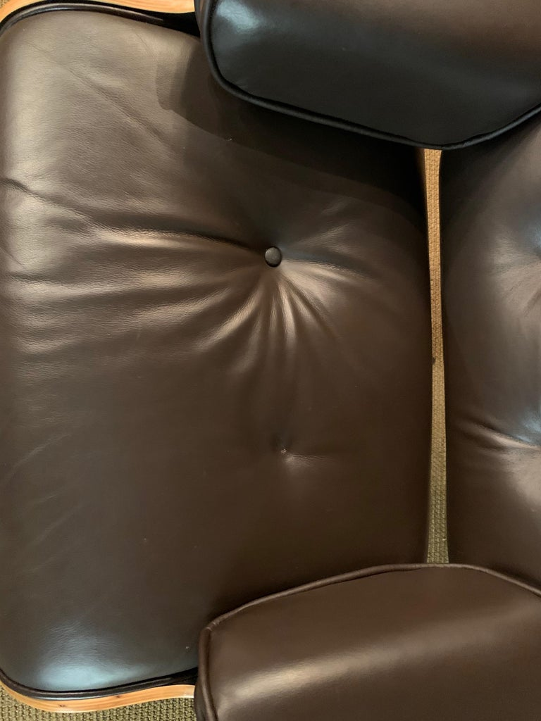 Charles Eames Style Lounge Chair with Ottoman real Leather 3