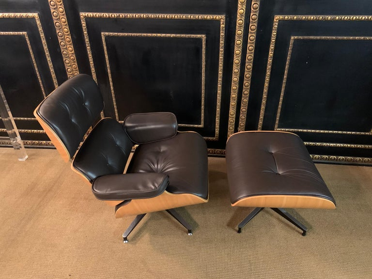 20th Century Charles Eames Style Lounge Chair with Ottoman real Leather