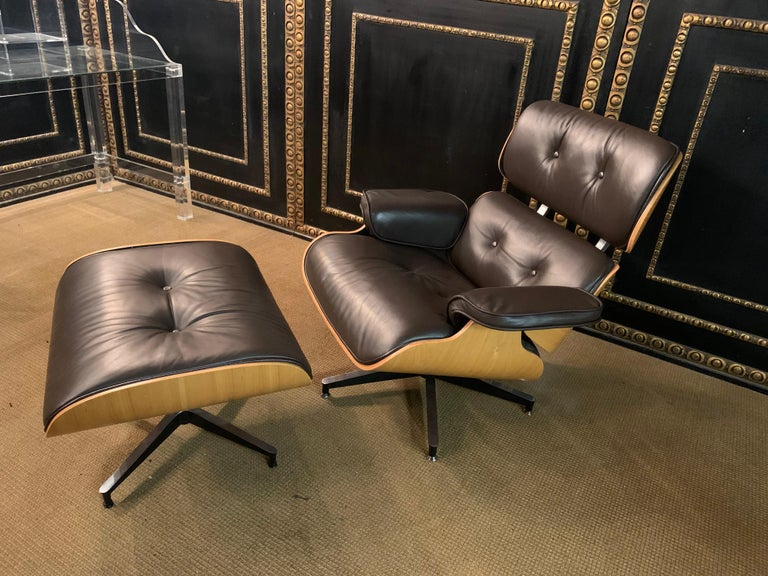 Wood Charles Eames Style Lounge Chair with Ottoman real Leather