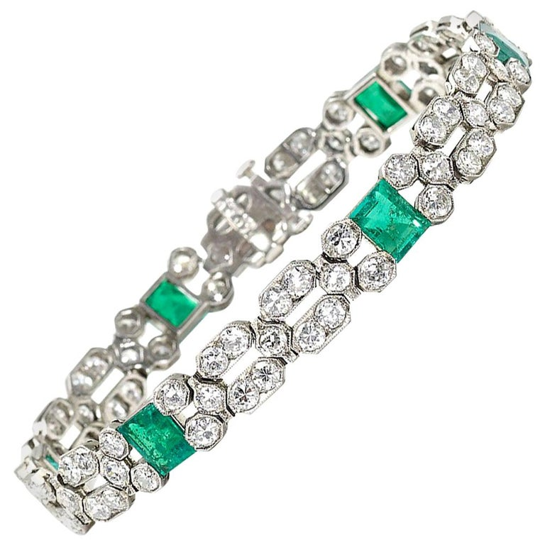 Charles Holl French Art Deco Emerald Diamond and Platinum Bracelet, circa 1935 For Sale