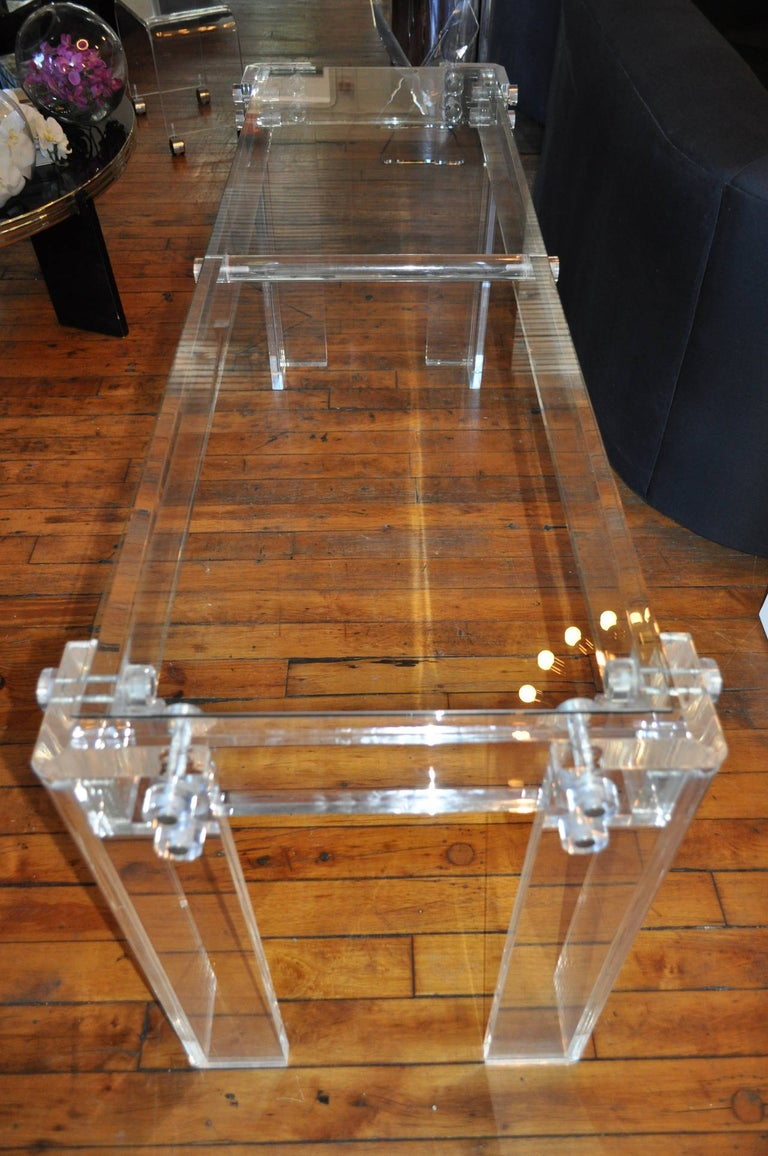 Hollywood Regency Charles Hollis Jones Style Mid-Century Modern Lucite & Glass Console Sofa Table For Sale