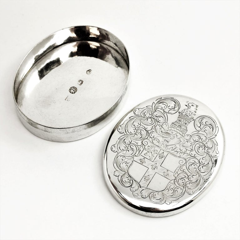 Charles II Antique Sterling Silver Oval Tobacco Box 1672 17th Century For Sale 1