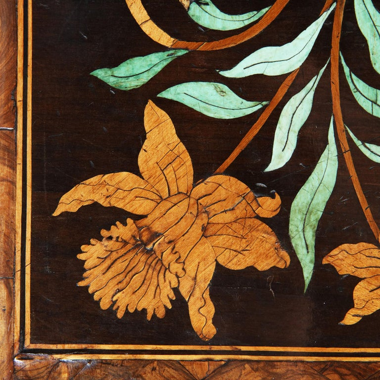 18th Century and Earlier Charles II Olive Oyster Floral Marquetry Table For Sale