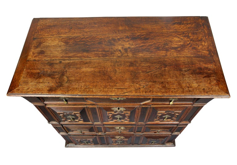 English Charles II Palisander and Oak Chest of Drawers For Sale
